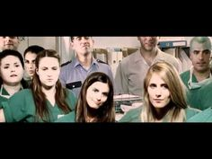 Tú pide, que no te lo gastas - Videoclip La Primitiva (2011) Would like to do this with each of my classes!