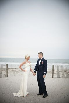 Charleston, SC Gatsby style beach wedding | Henderson Lewis Photography