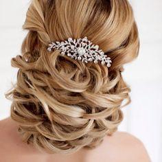 Fashionable Wedding Hairstyles - MODwedding