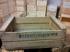 Pack of 4 VINTAGE Wooden Pear / fruit creates. Use together to make shoe storage bench?