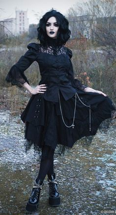 Shop Gothic Clothing on www.blue-raven.com #Goth #Gothique
