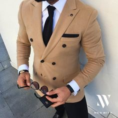 Love this photo of our friend @bilalgucluu #MenWith #menwithclass