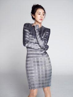 #2NE1′s #SandaraPark Cast as Lead in ′Missing Korea′ http://mwave.interest.me/enewsworld/en/article/97812/2ne1s-sandara-park-cast-as-lead-in-missing-korea … she'll be playing a North Korean Miss Korea contestant