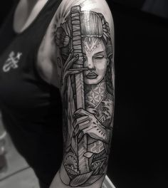 Half sleeve I did on Helen yesterday @onebyonetattoo  Sponsored by @yayofamilia #blxckink #tattoo #inkstinctsubmission #savemyink #skinartmag #blackwork #btattooing #blackworkerssubmission #uktta #dotwork #japanese #insta_blackwork #london