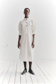 Architect Fashion, Studio Nicholson, I Dress, Shirt Dress, Cool Style, My Style, Zara Kids, Perfect Wardrobe, White Shirts