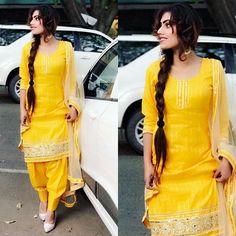 Beautiful suit from @urbantheka.official ❤ baki sareya nu #vaisakhi2017 te #khalsapanthsajnadivas diyaan lakh lakh wadhayiaan
