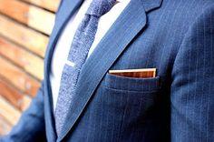 Είναι δεδομένο ότι στην εποχή μας ολοένα και λιγότεροι είναι αυτοί που προτιμάμε το επίσημο ένδυμα από το casual ντύσιμο, ειδικά όταν ...