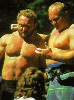 On the left is Bill Kazmaier from the USA. World's Strongest Man 1980, 1981, 1982.