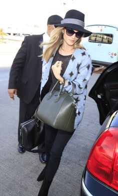Rosie Huntington-Whiteley and Her Givenchy Bag