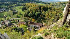 Du Château de Ferrette vue sur les gîtes de la Maison des fontaines d'Alsace