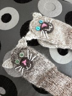 I made little cat mittens for a little girl.