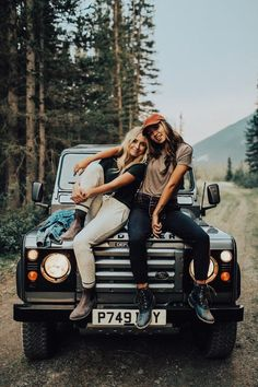 23 Sweet Summer Travel Photo Ideas with Best Friends – Photography – photos Bff Pics, Cute Friend Pictures, Cute Photos, Cute Pictures, Travel Pictures, Travel Photos, Summer Pictures, Vsco Pictures, Travel Ideas