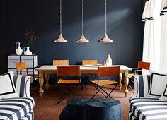 Living room decor / Stripes / Black / Wood
