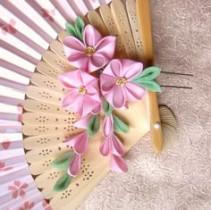 pink_ume_trio_kanzashi_by_elblack-d36yx9i.jpg (2265×2259)