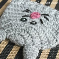 Cream Of The Crop Crochet ~ Preemie/Newborn Kitty Hats {Free Crochet Pattern}