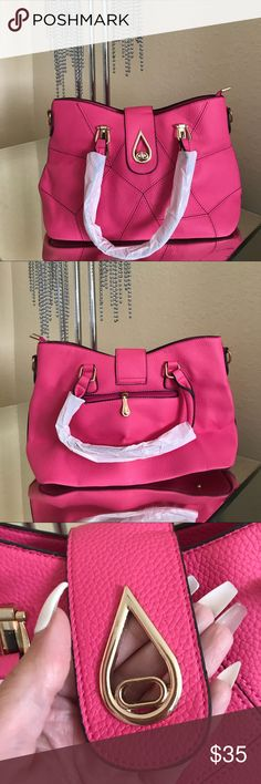 NWT💖 LOVELY PINK HANDBAG WITH GOLD ACCENTS BRAND NEW   BEAUTIFUL PINK AND GOLD  HANDBAG / SHOULDER BAG   COMES WITH STRAP IN CASE YOU WANT TO USE IT AS A SHOULDER BAG  FAST SHIPPING  SAME DAY OR NEXT DAY DEPENDING ON TIME OF PURCHASE Bags Satchels