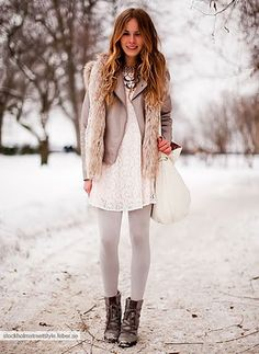 Vest : longer vest over cropped jacket. To make this work for winter, I'll have to to try it with jeans..