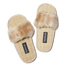 These slides are perfect as slippers indoors, and as insanely cute sandals outdoors—the wicker insole and faux-fur softness makes them chic and incredibly comfo Aesthetic Fashion, Timeless Fashion, Faux Fur Slides, Cute Sandals, Shoes Sandals, Neutral Outfit, Women's Sports Bras, Womens Fashion Sneakers, New Fashion Trends