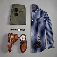 blue flannel button down - men's outfit grid Style Casual, Casual Wear, Casual Outfits, Men Casual, Style Men, Mens Casual Shirts, Casual Styles, Casual Clothes, Summer Outfits