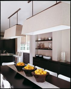 Kelly Hoppen in regards to interior design is a namissingme cannot be missing, with fantastic projects and works is a source of inspiration for all people. Interior Lighting, Interior Styling, Interior Decorating, Interior Design, Interior Exterior, Kitchen Interior, Dining Area, Kitchen Dining, Dining Room