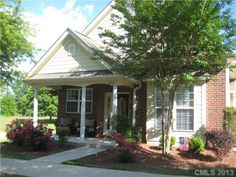 Harrogate At The Lake home for sale - 20216 Harroway DR Cornelius, NC