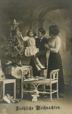 Parents and child by The Texas Collection, Baylor University, via Flickr