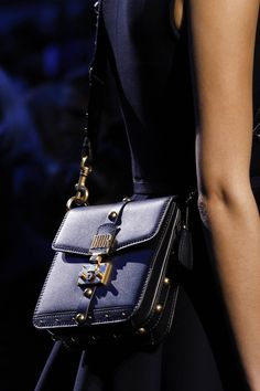 See detail photos for Christian Dior Fall 2017 Ready-to-Wear collection.