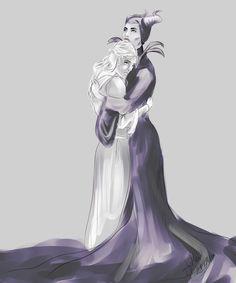 Maleficent (Sleeping Beauty) - Maleficent x Princess Aurora - Malora Maleficent Aurora, Maleficent Movie, Sleeping Beauty Maleficent, Aurora Sleeping Beauty, Disney E Dreamworks, Disney Films, Disney Villains, Disney Cast, Disney Magic