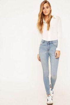 """Cheap Monday – Skinny Jeans """"High Spray On"""" in ausgebleichter Stone-Waschung – Damen 38"""