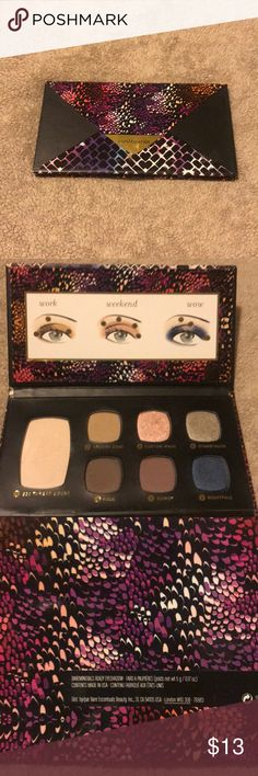 Bare minerals eyeshadow palette New condition !! Just used a couple times 💕👌🏼 bareMinerals Makeup Eyeshadow
