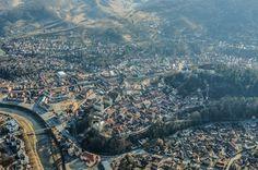 Dacă în urmă cu o săptămână vă propuneam o călătorie aeriană deasupra litoralului românesc, de această dată vă invităm să ne fiţi alături într-o excursie în zbor peste Transilvania. -- Marius Smădu Homeland, Romania, Paris Skyline, Grand Canyon, City Photo, Angels, Nature, Travel, Beautiful
