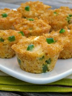 Jalapeno Popper Quinoa Bites are healthy, cheesy bite-sized mini mac and cheese muffins made with quinoa, inspired by the popular jalapeno popper. {gluten free}