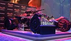 Life size new Batmobile from the upcoming game Batman Arkham Knight at 2014 Batman Arkham Knight Batmobile, Batman Arkham Asylum, Arkham City, Nananana Batman, New Bat, Batman The Dark Knight, Incredible Hulk, Comic Book Characters, Dc Universe