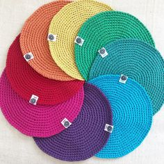 Creative Ideas, Instagram, Hats, Mesas, Tejidos, Colors, Diy Creative Ideas, Hat, Hipster Hat