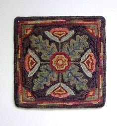Rug Hooking Pattern Floral Motif on Linen J531 by DesignsInWool