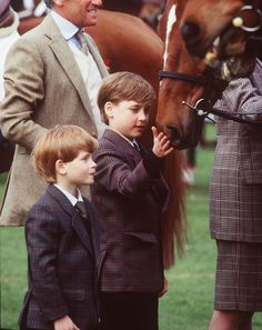 33 Adorable Photos of Prince William and Prince Harry as Kids Prince Harry Of Wales, Prince William And Harry, Prince Henry, Prince Harry And Meghan, Prince Charles, Diana Son, Lady Diana, Photos Of Prince, Prinz Harry