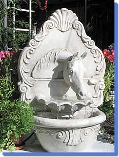 Arabian Horse Resin Fountain. Ooooh.