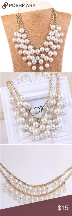 Multi strand pearl necklace Gold necklace with pearls. Beautiful! Jewelry Necklaces