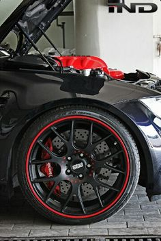 Black BBS with a red outline, the icing on the cake