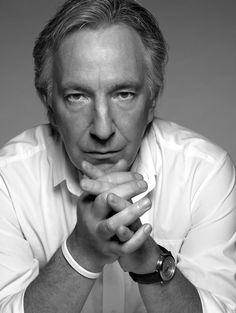 Hear Alan Rickman (Snape) read Shakespeare's Sonnet Alan Rickman Snape, Beautiful Men, Beautiful People, Streaming Hd, Severus Snape, The Villain, Famous Faces, Shakespeare, I Love Him