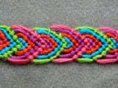 ► Friendship Bracelet Tutorial 14 - Beginner - Alternating Leaves Pattern, via. Friendship Bracelets Tutorial, Bracelet Tutorial, Friendship Bracelet Patterns, Diy Bracelet, Bracelet Making, Floss Bracelets, Beaded Bracelets, Embroidery Bracelets, Crochet Bracelet Pattern