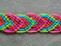 ► Friendship Bracelet Tutorial 14 - Beginner - Alternating Leaves Pattern