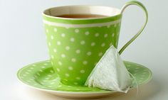 Drinking tea 'cuts risk of dying early by a quarter': Antioxidant ingredients in the drink are good for the heart