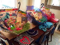 I love this for my girls! Easter basket idea: use umbrellas to store Easter loot. ☂ See blog post for details.
