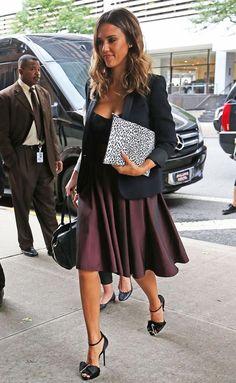 Star's Fashion Style: Jessica Alba in black top + black tuxedo jacket + dark berry skirt + leopard pattern pouch + black high-heels sandals.