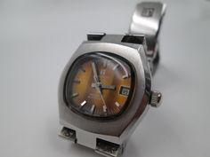 Smart Watch, Watches, Ancient Bracelet, Pocket Watches, Old Clocks, Man Women, Pockets, Bangle Bracelets, Men