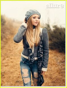 Amanda Seyfried. I'm usually not into hats, but w/ the scarf and ripped jeans I might try it.