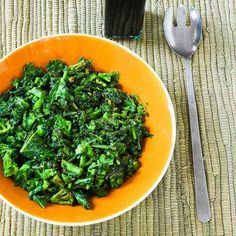 Recipe for Sauteed Broccoli Rabe with Balsamic Vinegar [from Kalyn's Kitchen] #SouthBeachDiet #lowglycemic #lowcarb #glutenfree #vegetarian #vegan