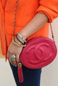 Fantastic oval Chanel and some great jewelry. So fun!