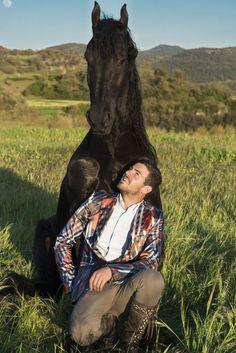 santí serra - Hľadať Googlom Doma Natural, Pilgrimage, Dressage, Equestrian, Spanish, Camping, Horses, Couple Photos, Joy
